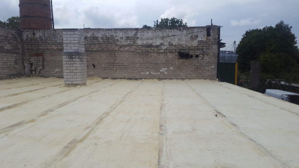 suletud pooriga pur vahuga soojustamine katus