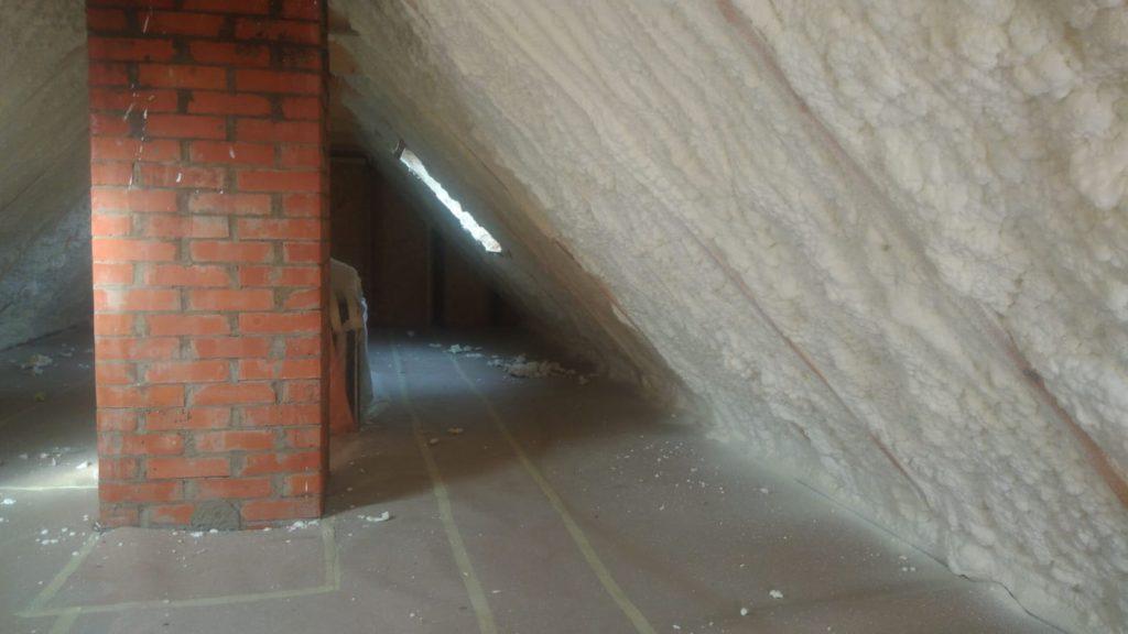 pur vahuga soojustamine katusealune